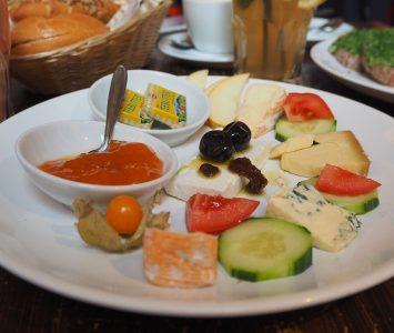 Frühstück im Café Einfahrt in Wien