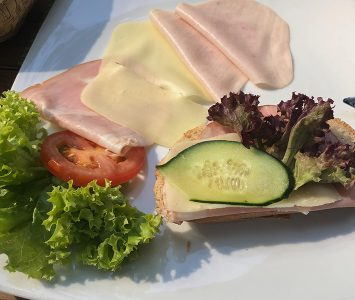 Frühstück im aus:klang in Wien
