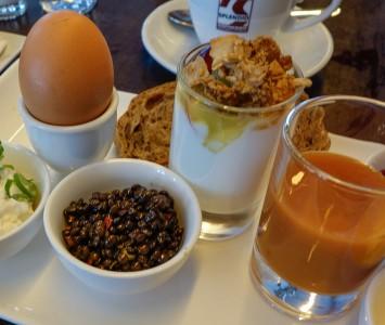 Frühstück in der Bluebox in Wien