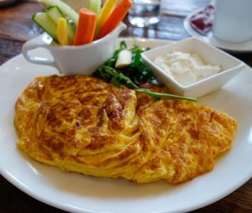 Frühstück im Café Francais in Wien