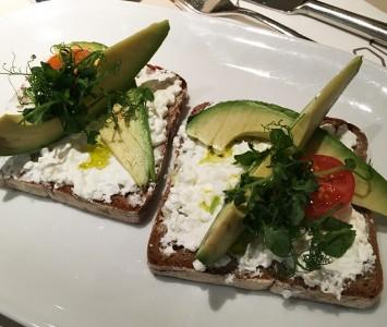 Frühstück im Joma in Wien