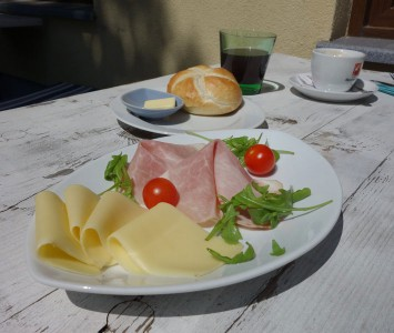 Frühstück im Schutzhaus am Predigtstuhl