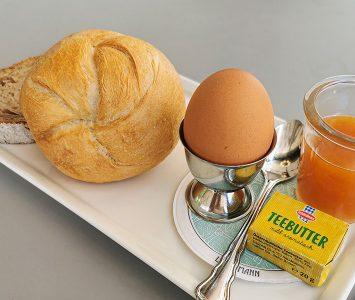 Frühstück im Café Landtmann in Wien