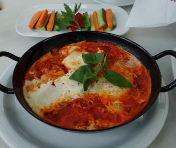 Frühstück im Café Menta in Wien