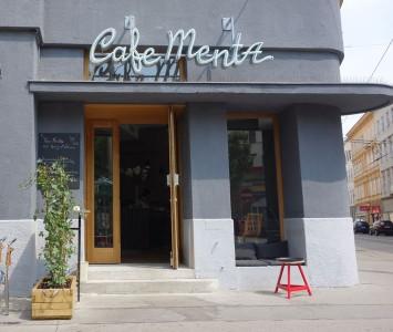 Frühstück im Café Menta
