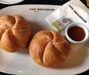 Frühstück im Café Drechsler
