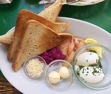 Frühstück im Espresso in Wien