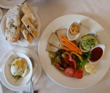 Frühstück im Schlosscafé Mattsee