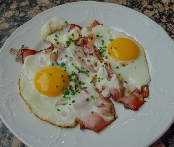 Frühstück im Café Schwarzenberg in Wien