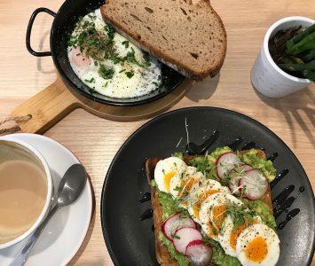 Frühstück bei Die Brüher in Linz