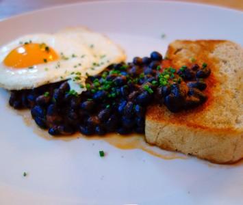 Frühstück im Tian Bistro am Spittelberg