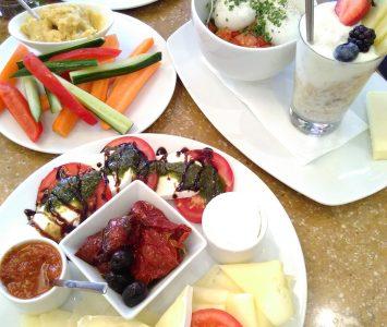 Frühstück im Café Moser in Seekirchen