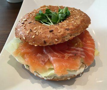 Frühstück in der Health Kitchen in Wien