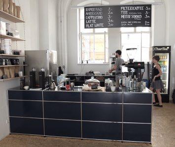 thonet-cafe-altepost-wien-diefruehstueckerinnen3