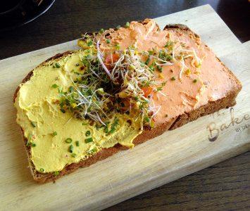 Frühstück in The Bakery by Didi Maier in Salzburg