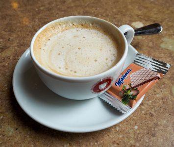Frühstück im Café Ritter Ottakring in Wien