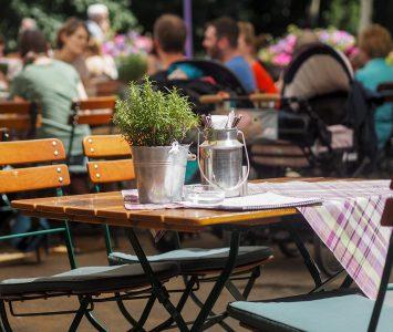 Frühstück in der Meierei Diglas im Türkenschanzpark in Wien