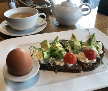 Frühstück im Zuckergoscherl in Wien