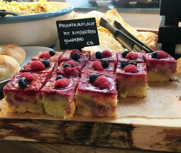 Brunch in der Turnhalle im Brick-5 in Wien