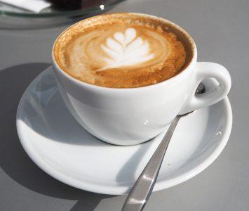Schnelles Frühstück im Wolfgang Coffee in Wien