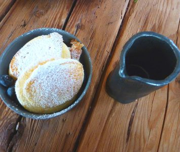 Frühstück im Angusta Café in St. Gilgen