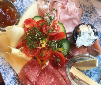 Frühstück im MM in Graz
