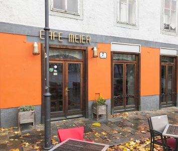 Frühstück im Café Meier in Linz