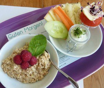 Frühstück im Café Kubus in Kuchl