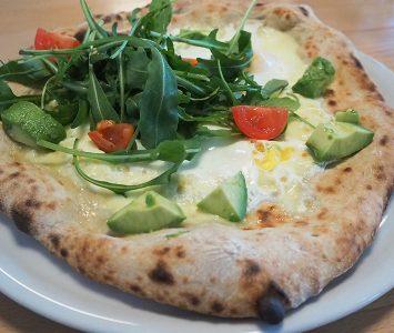Frühstück in der Bio-Pizzeria Vero in Wien