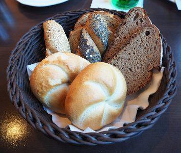 Frühstück im Das Schindler in Innsbruck