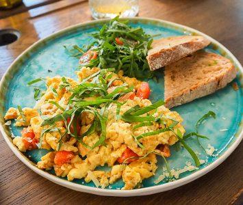 Frühstück im Hildebrandt Café in Wien