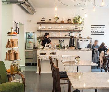 Frühstück im Café Chrivo in Wien