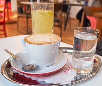 Frühstück im Café Mimi in Wien