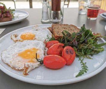 Frühstück im Ludwig & Adele Café in Wien