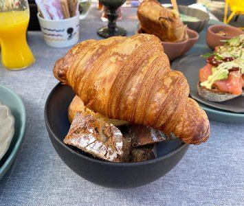 Frühstück im Esslokal in Hadersdorf am Kamp