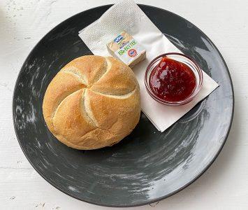 Frühstück im Café Kriemhild in Wien