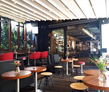 Frühstück im TESLA Coffee & Concept in Wien
