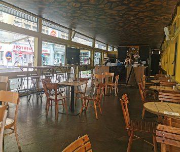 Frühstück im Naschmarkt Deli in Wien